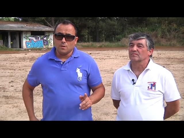20 anos de abandono do campo de fútbol do Pereiro