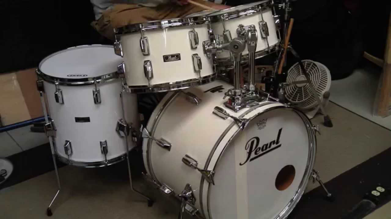Pearl White 1970s Fiberglass Drums