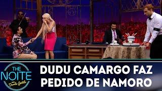 Dudu Camargo faz pedido de namoro    The Noite (11/06/18)