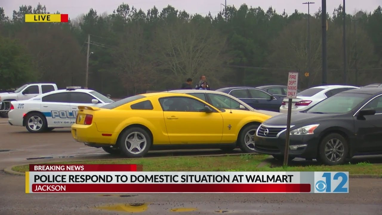 BREAKING: Man Pulls gun during domestic situation at Jackson Walmart