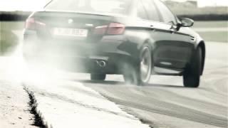 Удивительная реклама BMW M5 2012(Где бы мы сегодня не находились, в любой точке мира, нас окружает реклама. Ее можно встретить везде – на..., 2015-02-16T18:29:04.000Z)