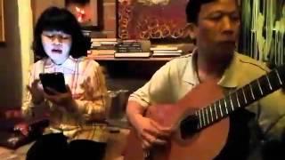 Hoa vàng mấy độ - Trịnh Công Sơn by Lily Đà Lạt - Guitarist  Minh Đà Lạt