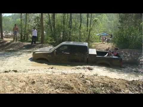 F 250 powerstroke hitting a mud hole at tuscaloosa offroad crazy f 250 powerstroke hitting a mud hole at tuscaloosa offroad crazy youtube sciox Images