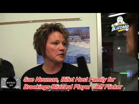 Interview with Brookings @Blizzard_Hockey Host Mom Sue ...