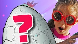 Anna found the Unknown Egg Giant in the sand! Who will hatch? Episode 1