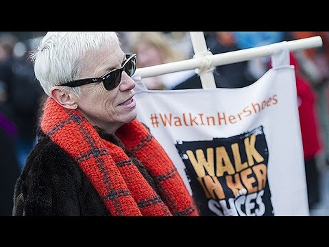 "Annie Lennox: Women's rights have ""got so much further to go"" Mp3"