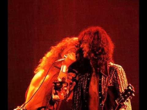 13. Whole Lotta Love/Black Dog - Led Zeppelin live at Brussels (1/12/1975)