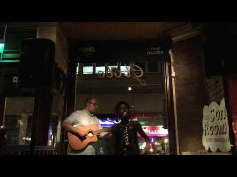 Summers - Ololufe - Live @ The Globe