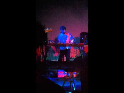 Animal Collective Live 2011- Petaluma- Set Opening/