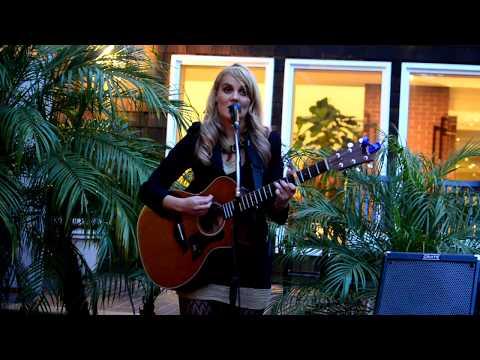 "Lily Holbrook ""Leaving on a Jet Plane"" (Second Set) Stanford Park Hotel 05.26.17"