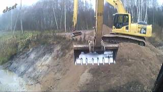Строим мост. Bridge construction. Экскаваторы Cat 312C, Komatsu PC 210LC.