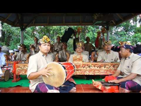 Balinese Gamelan - Tabuh LASEM - PENGECET
