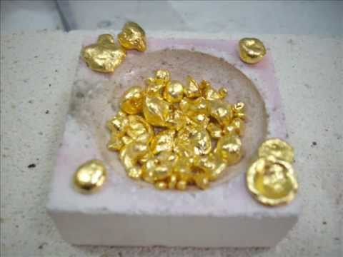 Reducing Gold from Chloroauric Acid with Oxalic Acid