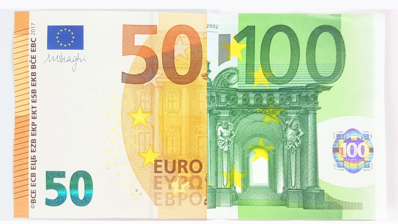 100 euro note vs new 50 bill comparison youtube. Black Bedroom Furniture Sets. Home Design Ideas