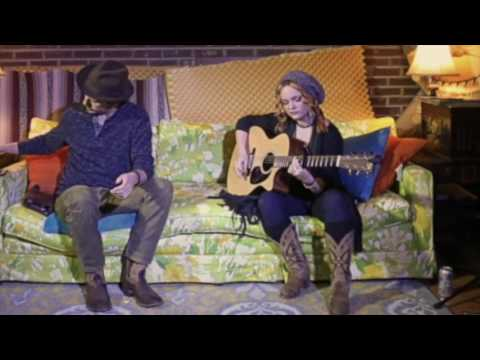 Dan O'Rourke and Kata Hay live on AyerWaves Underground