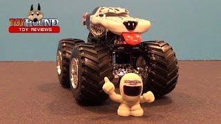2014 Hot Wheels Monster Mutt Dalmatian, Diecast Review By Toyhound