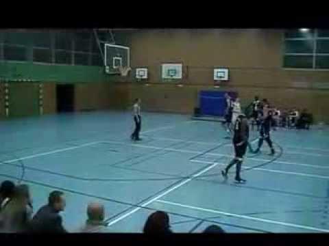 Louis Birdsong Jr. #11 (Dark Jersey) vs. Bramfelder SV (1G Sports)