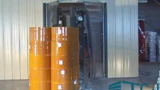 видео Изготовление маятниковых дверных систем