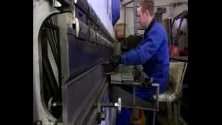 Константиновские Кузницы - Производство металлоконструкций(Уважаемые заказчики и партнеры, данный видеоролик освещает наше производство на территории технопарка..., 2015-04-02T18:25:52.000Z)