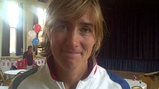 Repeat youtube video Katherine Grainger talks about Olympic parade through Wycombe