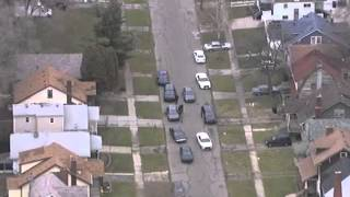 Live police chase through streets of Detroit