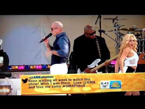 Pitbull - Central Park - Don't stop the party. GMA