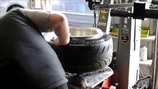thursdays auto   tire stretching 11j by doobie