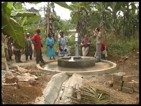 Costruzione di un pozzo in africa youtube for Ottenere un prestito di costruzione
