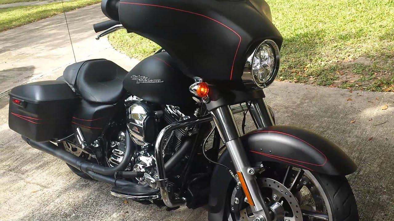 Harley Davidson Street Glide Tuner