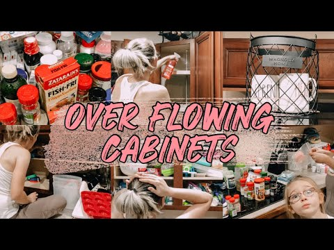 EXTREME KITCHEN CABINET DECLUTTER | KITCHEN CLEAN WITH ME | ORGANIZING MY KITCHEN | OUT OF CONTROL