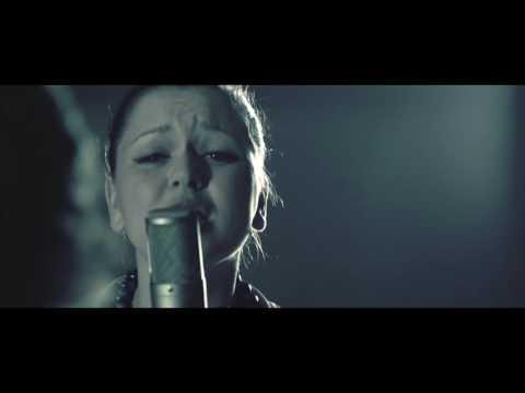 Reflexy ft. Alžběta Kolečkářová - Proud mezi námi
