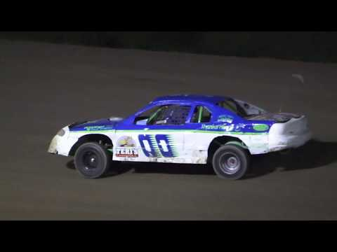 B Feature 2 (12 Laps): 2-Mike Coble, 8-Andy Traxler, 00-Alex Richards, 26-Dillon Kohn, 82-Scott Pickard, (DNS) 60-James McKeown. - dirt track racing video image