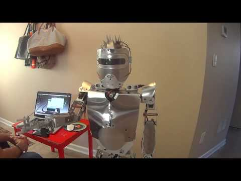 humanoid robot made with Arduino and Raspberry PI  - YouTube