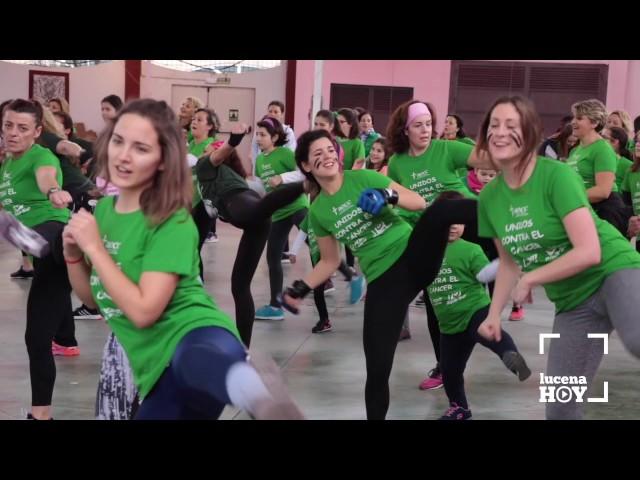 VÍDEO: Luchando contra el cáncer a ritmo de zumba, bodycombat y pilates