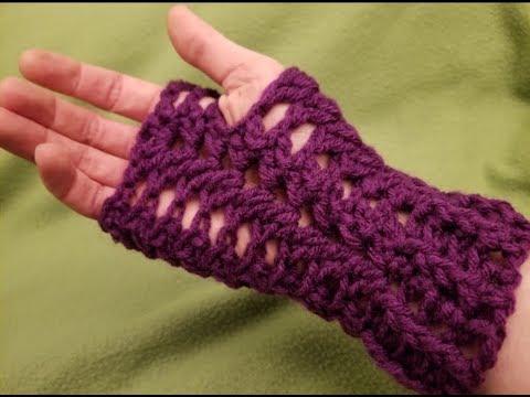 Easy Lacy Fingerless Gloves Crochet Tutorial!