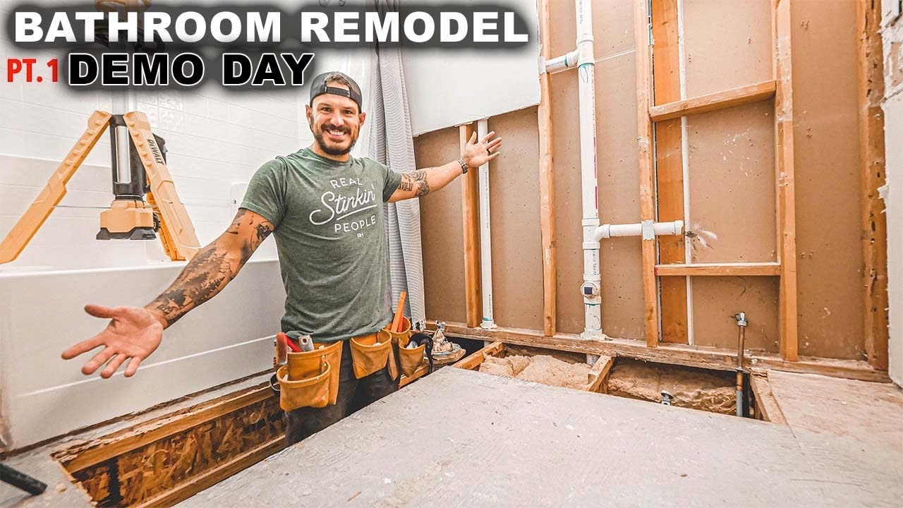 Bathroom Remodel / Demo Day