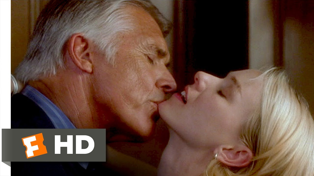 Laura harring and naomi watts nude boobs in mulholland dr mo - 2 part 2