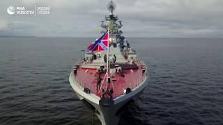 Крейсер  Петр Великий  и подлодка  Дмитрий Донской  прибыли в Кронштадт