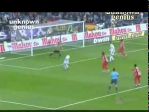 Cristiano ronaldo dive penalty miss vs almeria youtube for Cristiano ronaldo dive