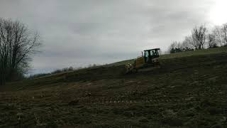 Spreading topsoil with cat d5k