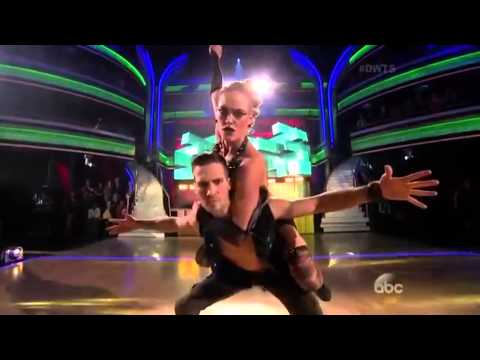 James Maslow & Peta Murgatroyd Viennese Waltz Week 8 from YouTube · Duration:  1 minutes 37 seconds