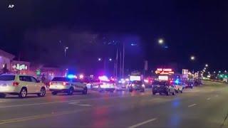 伊利诺伊州周六晚枪击案三死三伤 嫌犯在押 - YouTube