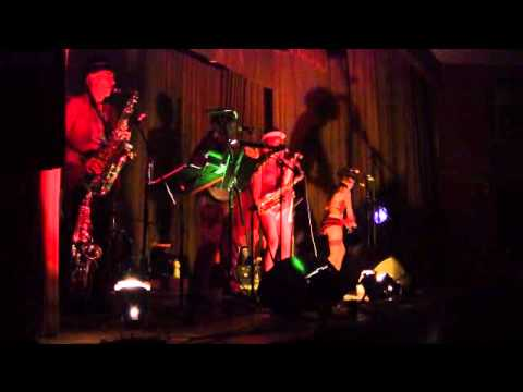 Blackberry Wood's heretics playing gypsy rhythm live