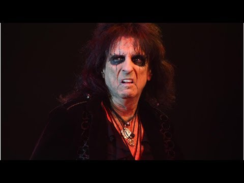 Alice Cooper: 10 best songs from the shock-rock king Mp3
