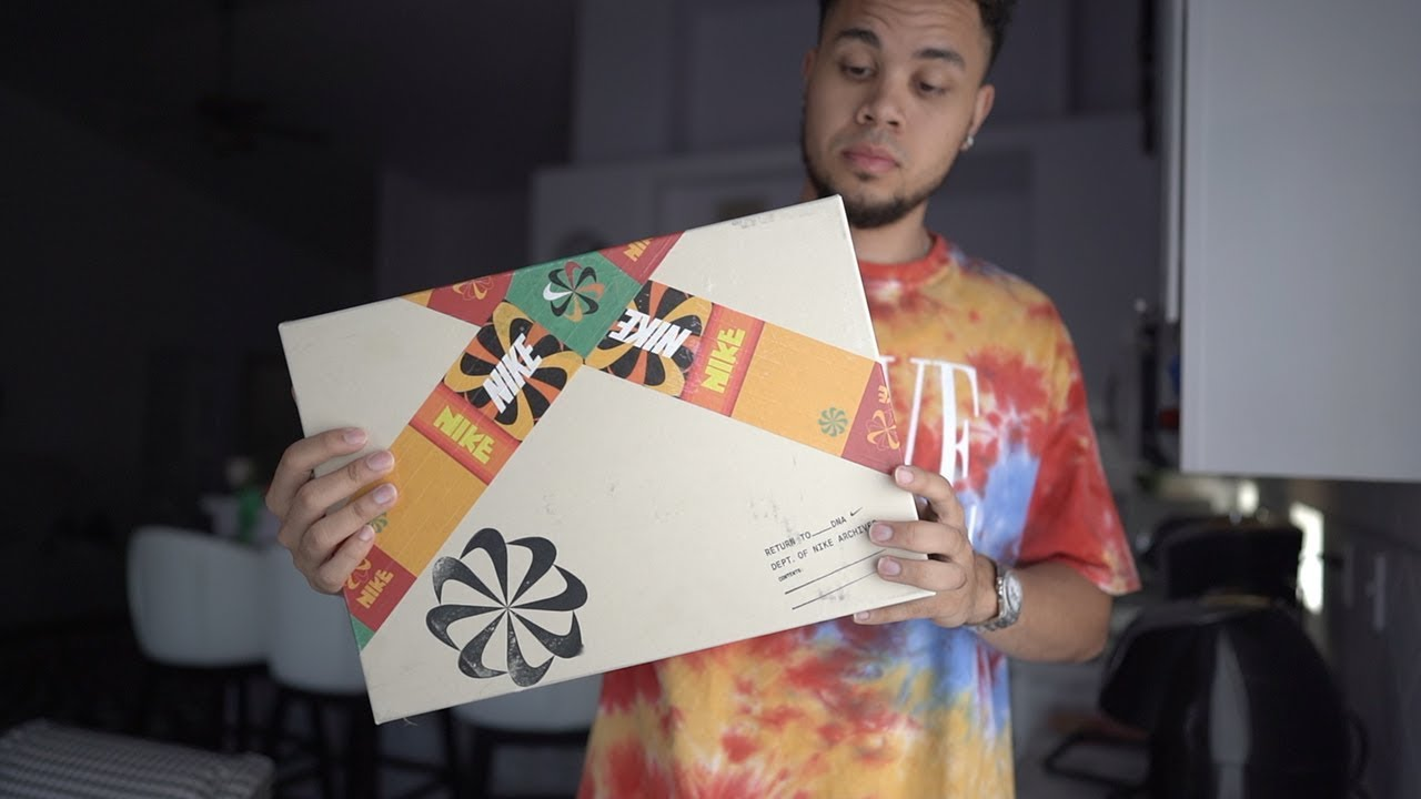 UNBOXING: Exclusive SNEAKER Package from NIKE (First Look, Ever)