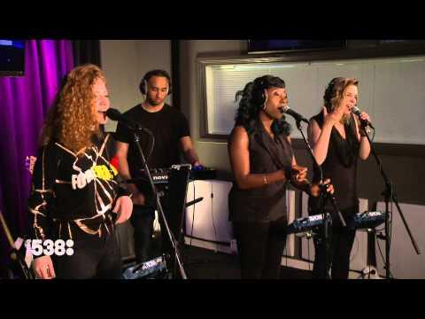 Jess Glynne - Right Here (Live @ Frank en Middag Show)