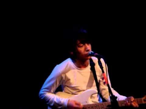 Arctic Monkeys - Despair In The Departure Lounge (Live)