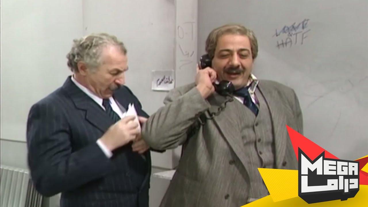 المدير العام متنكر وبدو يوقع المعاملة بالصرماية مضحك جداًَ - يوميات مدير عام - ايمن زيدان