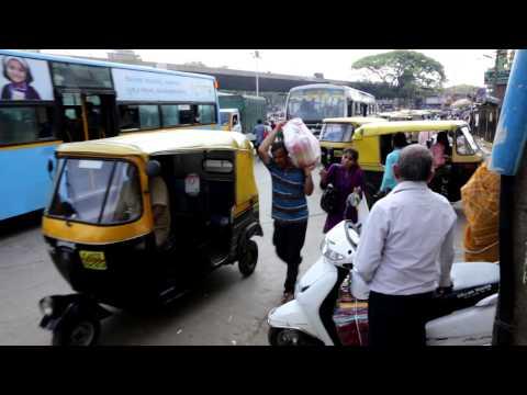 """""""Leniwa"""" niedziela na ulicach Bangalore"""