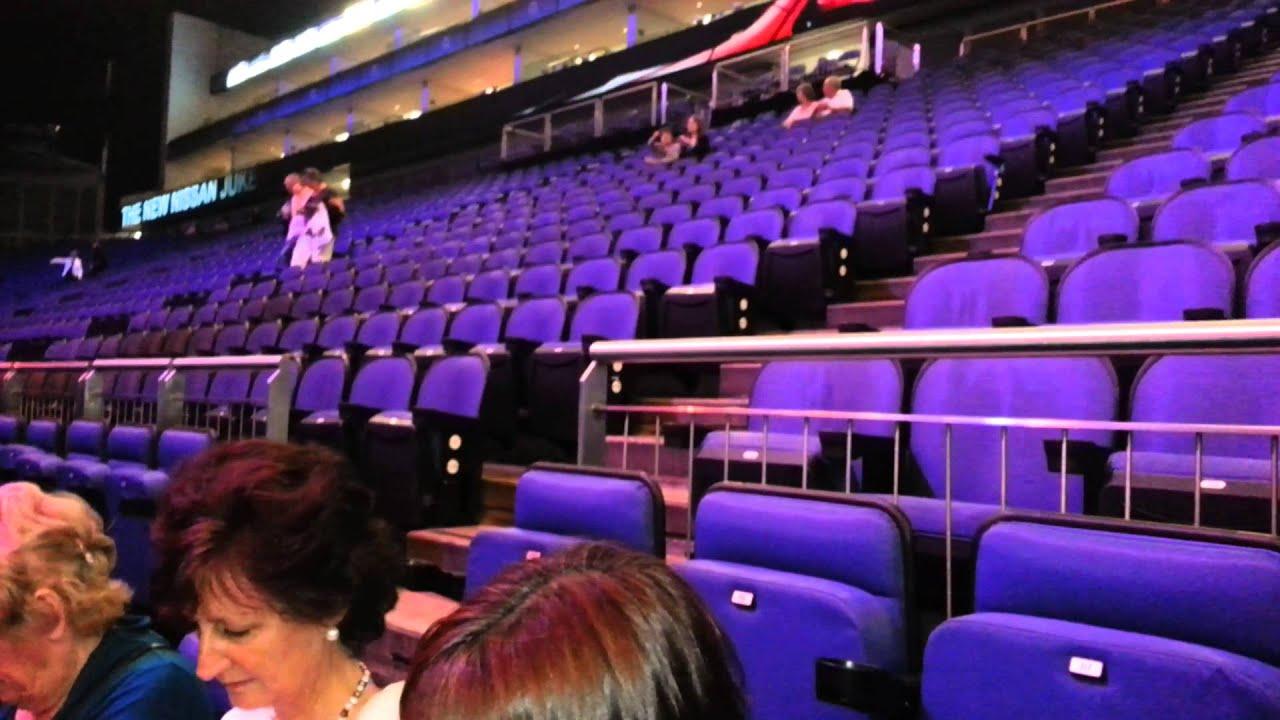 o2 Arena Block 110 - YouTube
